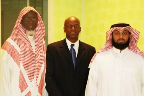 استضافة رجل أعمال أمريكي مسلم لرغبته تعلّم أساليب الدعوة
