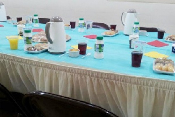 القسم النسائي يقيم حفل إفطار جماعي للمسلمات الجديدات