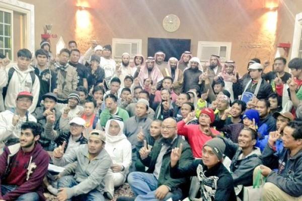 إسلام 814 رجلا بملتقيات #بشائر_الخير الأسبوعية خلال عام ونصف