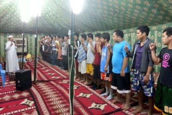 181 رجلا وامرأة يعلنون إسلامهم خلال شهر ذي القعدة الماضي